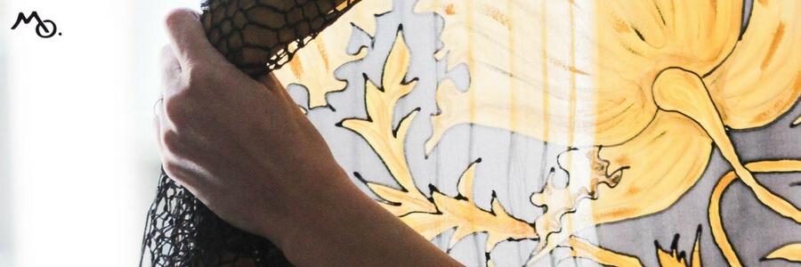 MOLIVE Manton de seda natural pintado a mano por Montse Olive